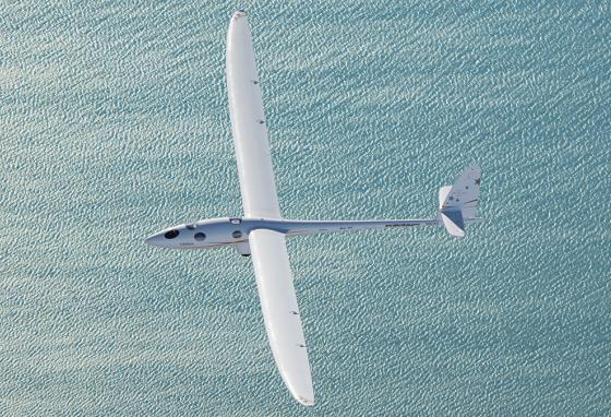 Perlan 2 has a wing span of 84 feet, and much more wing area than regular sailplanes. All that wing is less of an advantage at lower altitudes, but a great benefit at extreme heights. (Airbus)