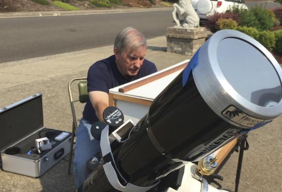 Amateur astronomer Mike Conley was one of dozens of citizen scientists who photographed the 2017 solar eclipse to help scientists learn more about the Sun's corona. (AP/Gillian Flaccus)